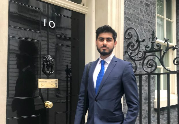 Fast streamer Osama standing outside the number 10 Downing Street door